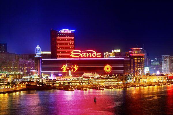 Sands China возобновили договор с LVS