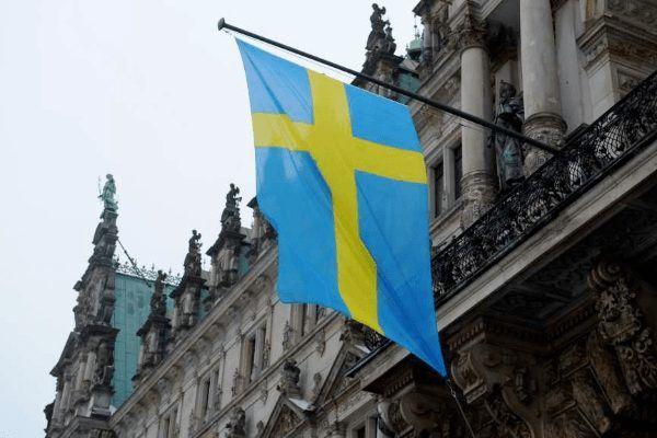 Шведский регулятор просит пересмотреть условия договоров с клиентами