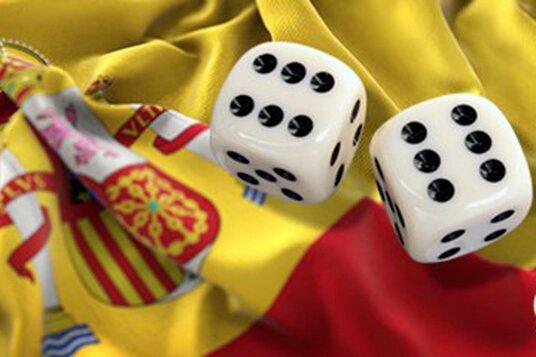 Число самоисключенных в Испании выросло