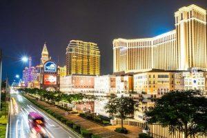 Доходы казино в Макао упали на 48% после появления новой формы вируса Delta